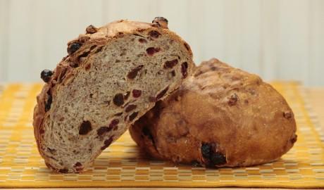 cpcr, round, cranberries, raisins, cranberry, raisin, pecans, pecan, cinnamon, round, artisan loaf, artisan loaves